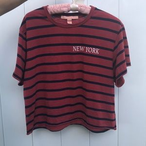 Black and red striped New York T-shirt